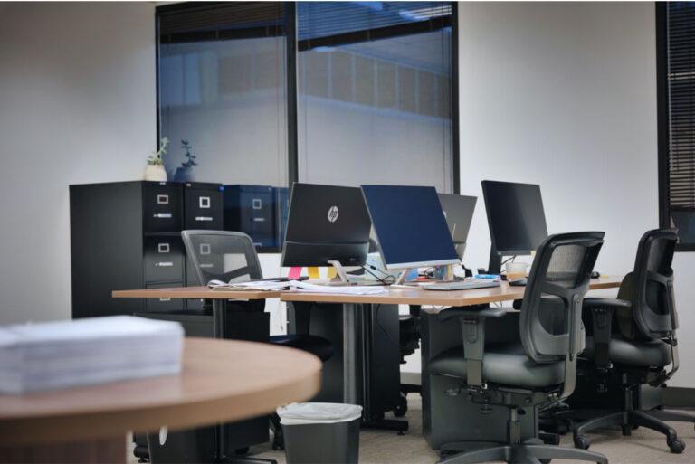 Yingzhong Law Office Desk Area 2